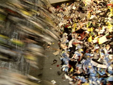 stockvideo's en b-roll-footage met textile recycling - polyester