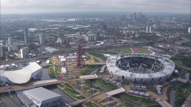 tfl aerials - ロンドン オリンピックパーク点の映像素材/bロール