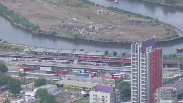 stockvideo's en b-roll-footage met tfl aerials - the o2 londen