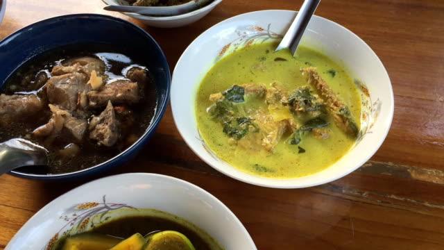 タイ料理  - 沢山の物点の映像素材/bロール