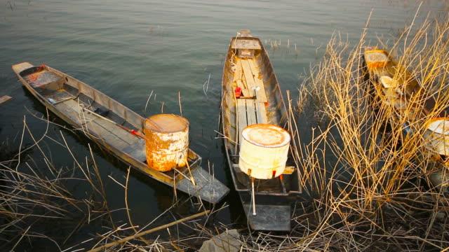 タイのタクシーボートと水上輸送 - ノンタブリー県点の映像素材/bロール
