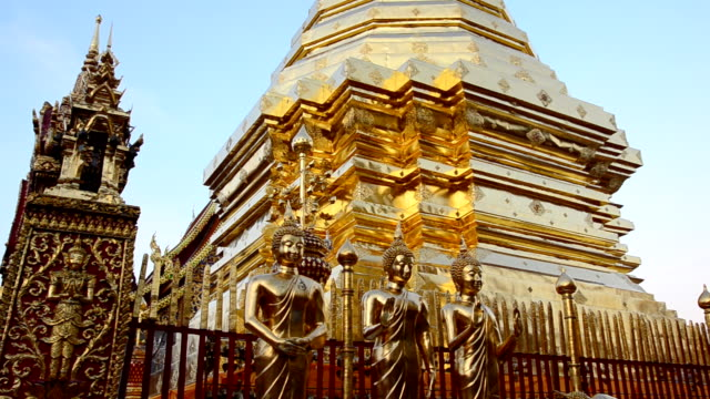 thai temple - gold leaf stock videos & royalty-free footage