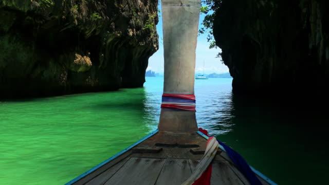 タイ、ドライブに長い尾ボートでクラビ島 - クラビ県点の映像素材/bロール