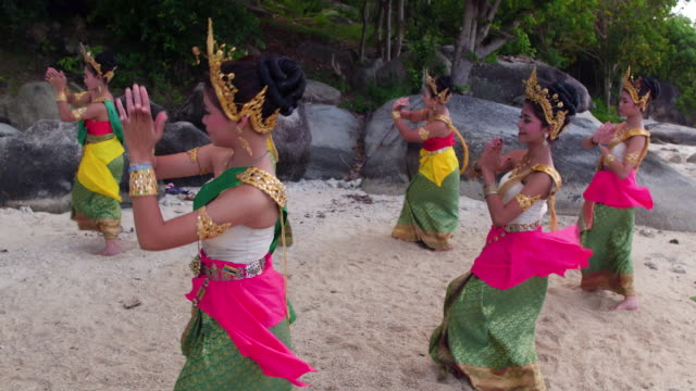 thailand traditional dancers - tradition stock videos & royalty-free footage