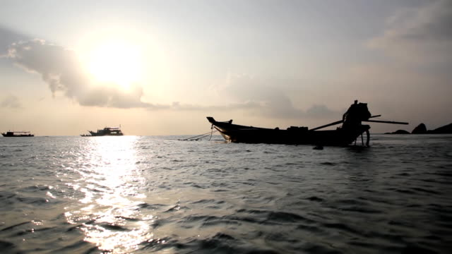 vídeos de stock, filmes e b-roll de tailândia (hd - acampamento de férias