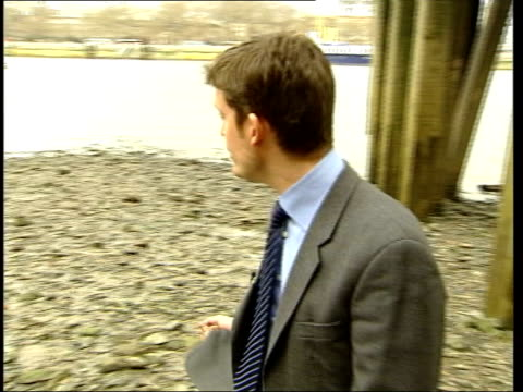 thames flood protection: calls for stronger measures; i/c sian lloyd interviewed sot - discusses second thames barrier air view river thames tx... - itv london tonight stock-videos und b-roll-filmmaterial