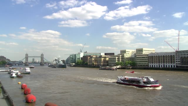 thames river - river thames stock videos & royalty-free footage