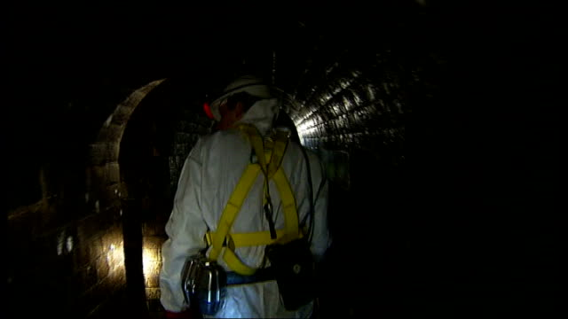 Thames Water submit plans for Super Sewer INT Reporter and others walking along sewer Philip Stride interview SOT