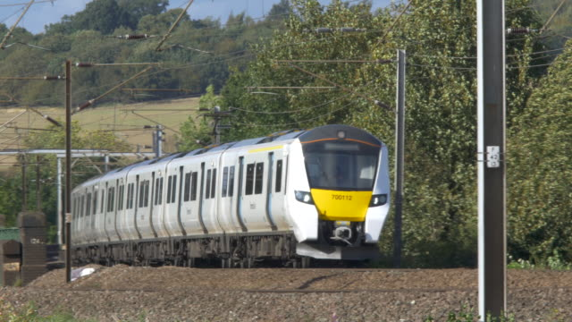 thameslink train on track - passenger stock videos & royalty-free footage