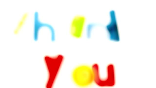 ありがとう完全な名称を記入するアルファベット文字をマグネット - thank you点の映像素材/bロール
