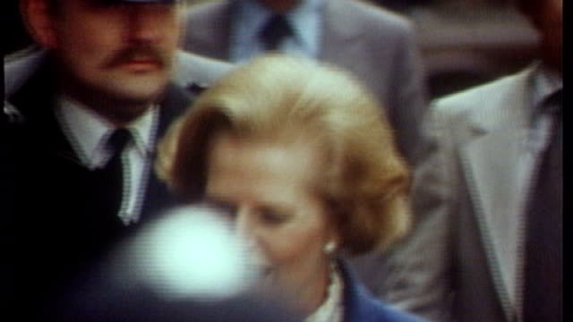 thatcher era archives released; 4.5.1979 england: london: downing street: ext margaret thatcher arriving at number 10 and speaking to press sot -... - margaret thatcher stock videos & royalty-free footage