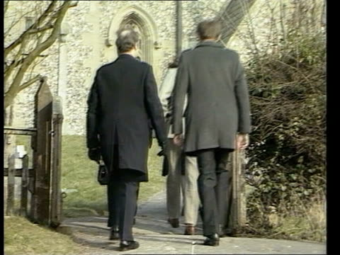 thatcher family england ms margaret thatcher pm helps karen fortson bucks friend of thatcher's son mark out of car ellesborough bv mark and denis... - 1984 stock videos & royalty-free footage