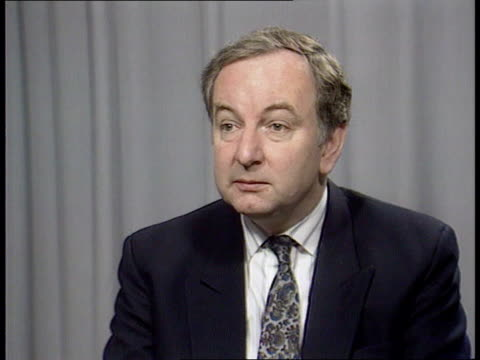 stockvideo's en b-roll-footage met thatcher's speech on europe and the conservatives gir ivan lawrence intvw sof the tory party government and british people are united as with mrs... - david steel politiek