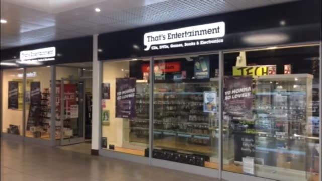 stockvideo's en b-roll-footage met 'that's entertainment' store group may close some or all of its stores england int various of 'that's entertainment' music video and games store in... - dvd