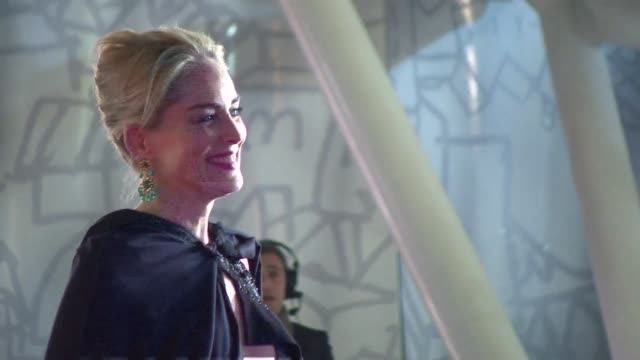 stockvideo's en b-roll-footage met the 13th marrakesh international film festival kicked off in the moroccan capital on friday clean sharon stone hits red carpet for opening on... - filmfestival