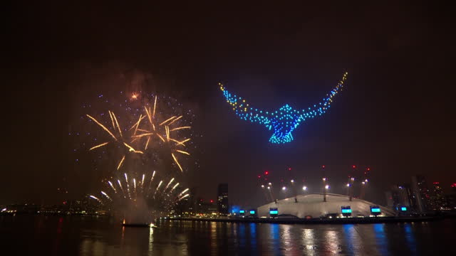 the 2020 new years eve firework display in central london - firework display stock videos & royalty-free footage