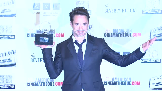 vídeos y material grabado en eventos de stock de the 25th annual american cinematheque award honoring robert downey jr los angeles ca united states 10/14/11 - american cinematheque