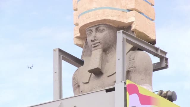 the 3200 year old colossal statue of king ramses ii was transferred thursday to the main entrance of the grand egyptian museum in cairo's twin city... - pharaoh stock videos & royalty-free footage