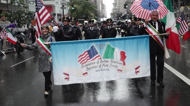 the 73rd annual columbus day parade in new york city via 5th avenue in manhattan. - italian culture stock-videos und b-roll-filmmaterial