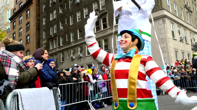 the 90th annual macy's thanksgiving day parade / view of the upper west side of manhattan and central park west, new york city, usa. - pinocchio stock videos & royalty-free footage