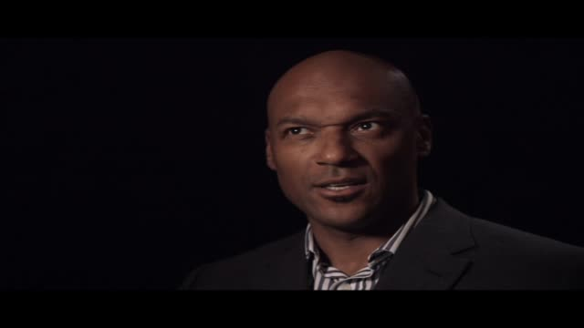 stockvideo's en b-roll-footage met the actor colin salmon talks to hibrow about the book which was most influential to him - literatuur
