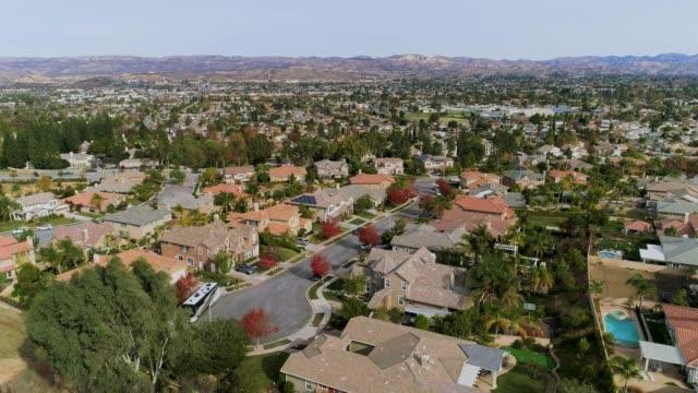 La vidéo du drone aérien de Simi Valley, Californie, Los Angeles agglomération
