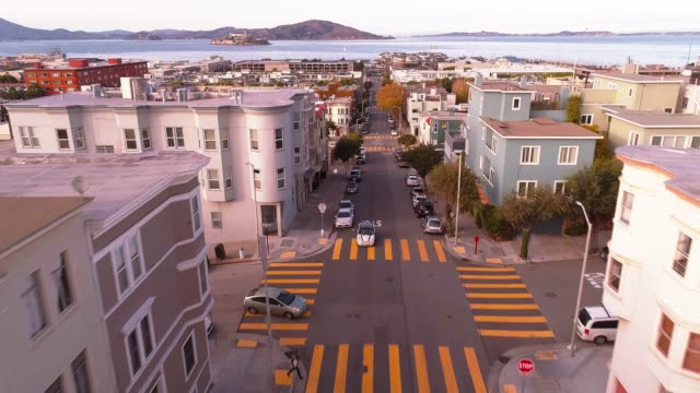 vidéos et rushes de la vue aérienne de san francisco, en californie - san francisco california
