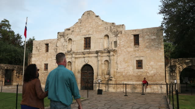 the alamo in san antonio, texas, usa - history stock videos & royalty-free footage