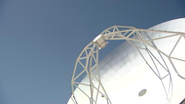 ms the alma antenna array at chajnantor / san pedro di atacama - atacama large millimeter array stock videos and b-roll footage