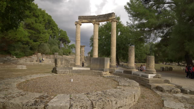 vidéos et rushes de the ancient philipeion ruins in olympia, greece. the birthplace of the olympic games. - culture grecque