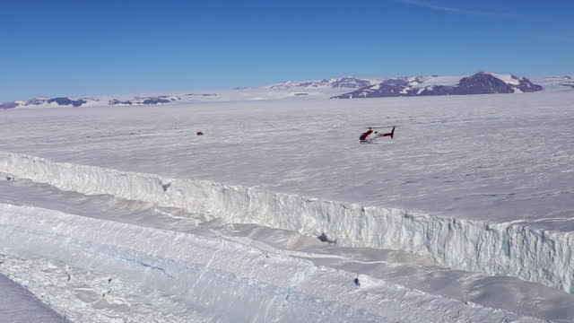 the antarctic - nansen ice shelf and icefall - snowcapped mountain stock videos & royalty-free footage
