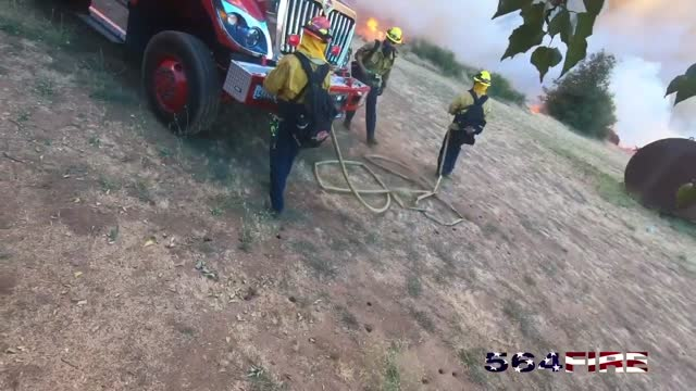 the apple fire had scorched over 32,400 acres and was https://www.fire.ca.gov/incidents/2020/7/31/apple-fire/ 35 percent contained by august 8, eight... - https stock-videos und b-roll-filmmaterial