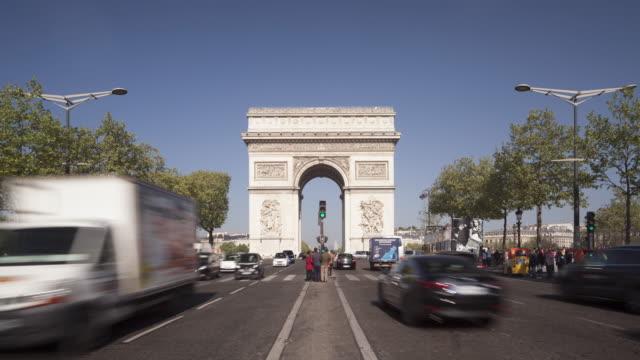 the arc de triomphe in paris, france. - arc de triomphe stock videos and b-roll footage