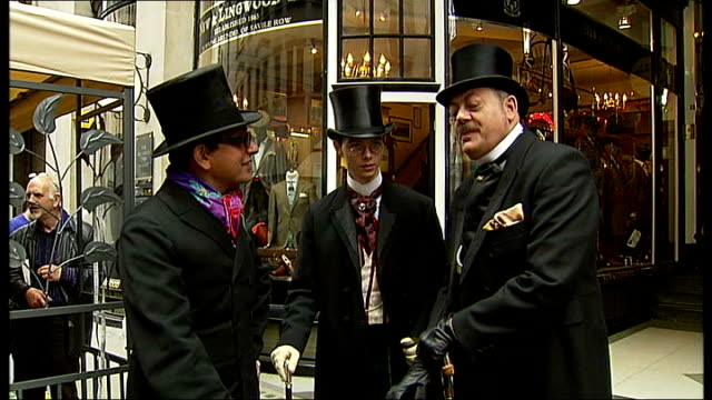 the art of being british festival; gland: london: jermyn street: int brian describing folding technique as putting folded shirts into suitcase sot... - stile edoardiano video stock e b–roll