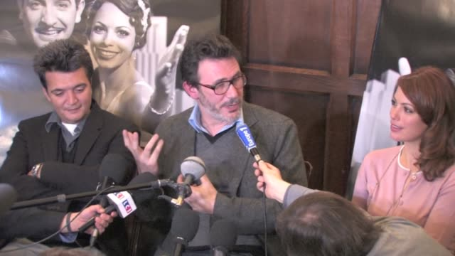 the artist press conference at the rafael hotel in paris with berenice bejo michel hazanavicius and thomas langmann 'the artist' cast oscar... - raphaël haroche stock videos and b-roll footage