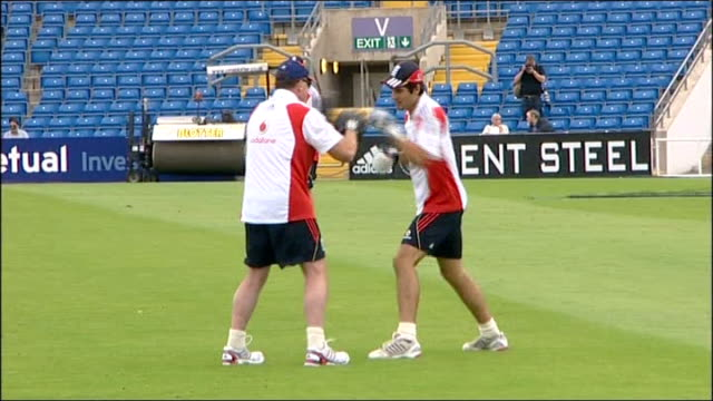 fifth test day three november 2010 yorkshire leeds headingley ext alastair cook training with boxing gloves prior to beginning of test series - channel 4 news stock videos & royalty-free footage