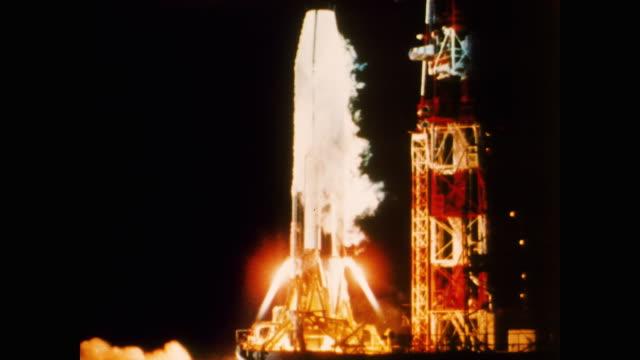 vídeos de stock e filmes b-roll de the astronauts of project mercury malcolm s carpenter leroy g cooper john h glenn virgil i grissom walter m schirra alan shepard and donald k slayton... - 1958