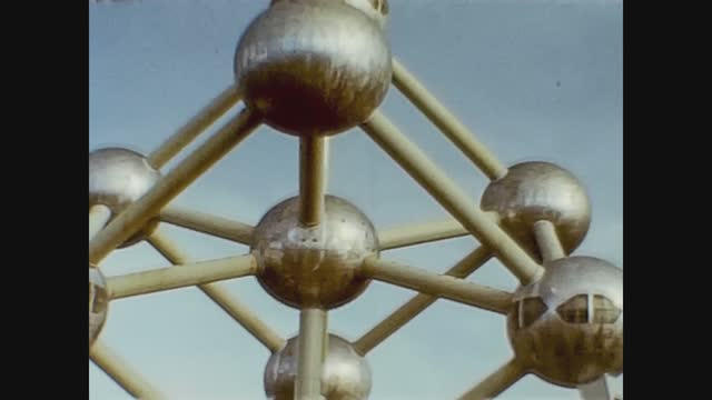 the atomium, originally constructed for the 1958 brussels world's fair. - sphere stock videos & royalty-free footage