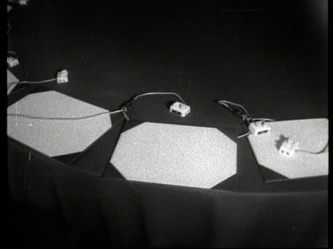 vídeos y material grabado en eventos de stock de the bakelite collection; slate information: itn archive / tx 14.5.60 / press at palais de chaillot 14.5.1960 france: paris: ext exteriors and... - centralita de teléfono