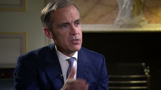 the bank of england today cut the base rate of interest for the first time since 2009, it now stands at a new record low of 0.25 per cent. the bank's... - cut video transition stock videos & royalty-free footage