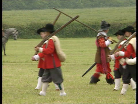 the battle for naseby:; england: northamptonshire: naseby: ext misty view of naseby & countryside: fields where the battle for the english civil war... - historical reenactment stock videos & royalty-free footage