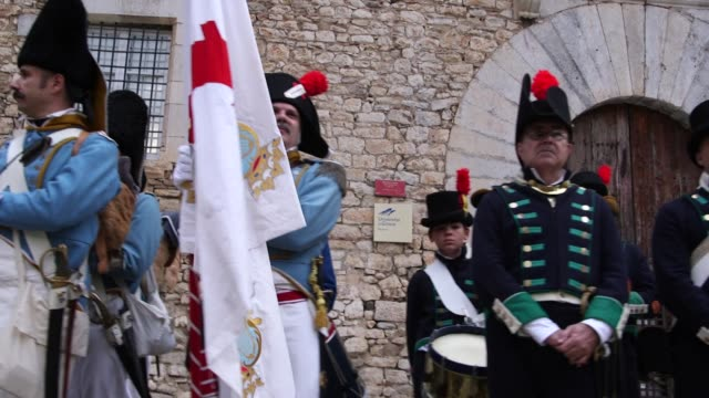 the battle of gerona on 19th september 1809 saw an imperial french division try to overrun a spanish and catalan garrison in the city the french... - 19. jahrhundert stock-videos und b-roll-filmmaterial
