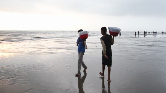 The beach of Cox's Bazar in Bangladesh