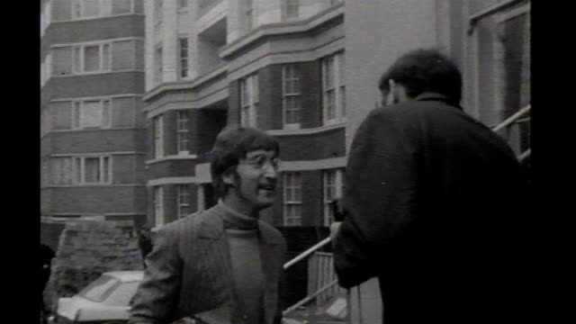the beatles 'sergeant pepper's lonely hearts club band'** 1967 ext b/w the beatles arriving separately at abbey road studios - sergeant stock videos & royalty-free footage