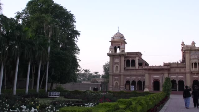 the beautiful park just outside faiz mahal, the court building of the royal palace complex in khairpur, pakistan - 1933 stock videos & royalty-free footage