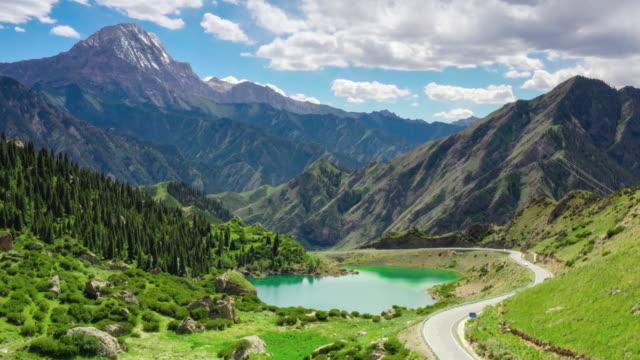 vídeos de stock e filmes b-roll de the beautiful scenery of xinjiang in china - vale
