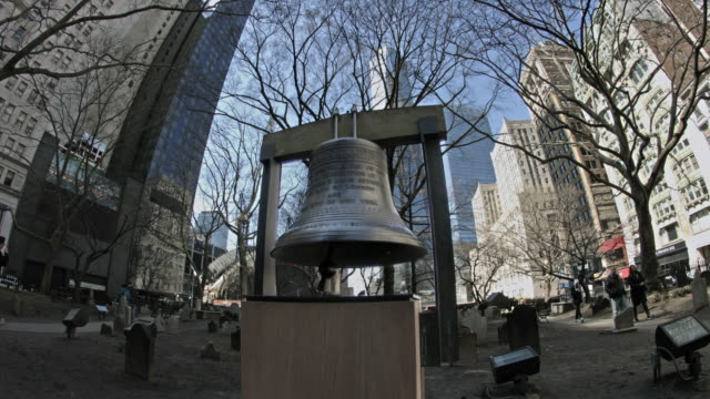 the bell at trinity church in new york city. - bell stock videos & royalty-free footage