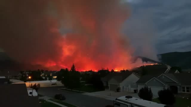 stockvideo's en b-roll-footage met the big hollow fire threatened to overtake homes in wasatch county, utah, on july 16, prompting officials to recommend... - https