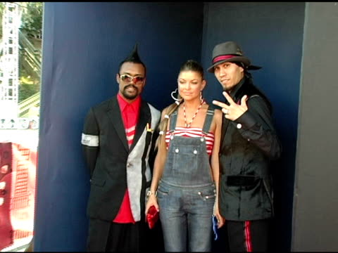 the black eyed peas at the 2005 teen choice awards exclusive onsite portrait studio at the universal amphitheatre in universal city california on... - the black eyed peas band stock videos and b-roll footage