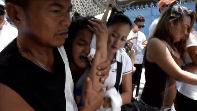 The bodies are piling up as President Rodrigo Dutertes drug war brings terror to Filipino slums